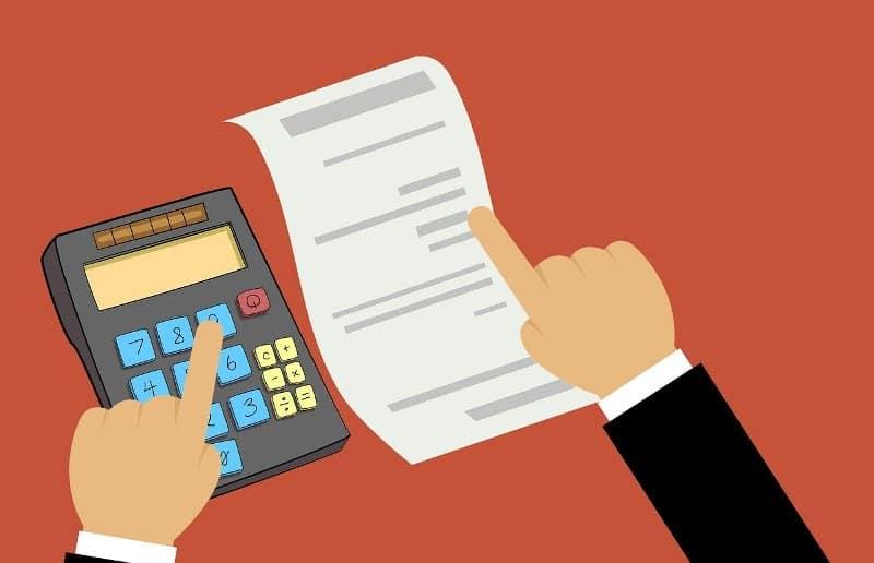 फालतू खर्चों को कैसे कम करें साथ ही पैसों की बचत कैसे करें