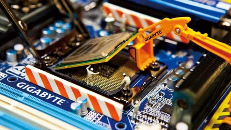 CPU क्या है और यह काम कैसे करता है मल्टीकोर प्रोसेसर के फायदे, नुकसान और उपयोग
