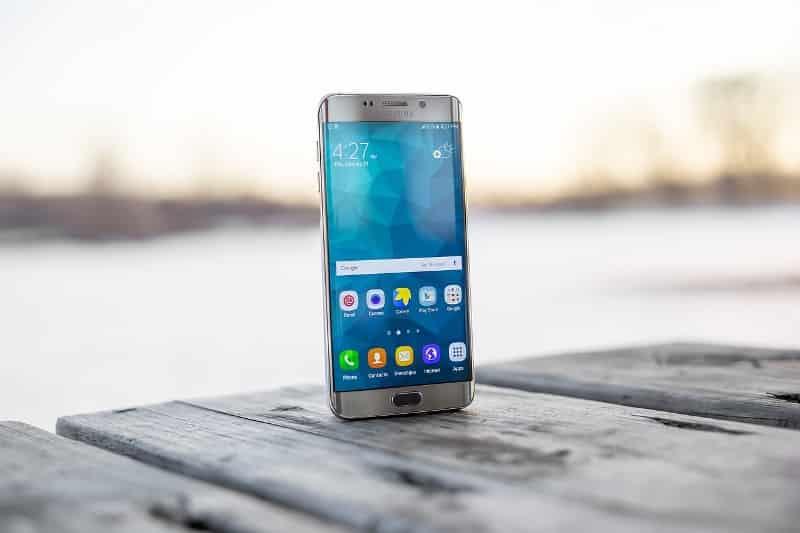 सैमसंग स्मार्टफोन के फायदे और नुकसान