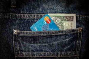 LIC क्रेडिट कार्ड के फायदे और नुकसान