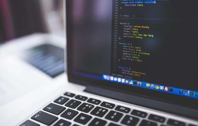 सॉफ्टवेयर इंजीनियर क्या है और कैसे बने काम, प्रकार, सैलरी